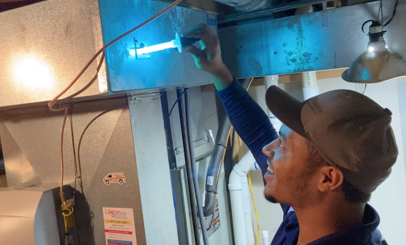 What To Know About Changing Your UV Light Bulb
